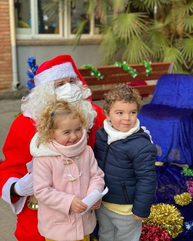 Quin últim dia més màgic! ✨ * El Pare Noel 🎅 i els Reis Mags 👑👑👑 han vingut a escoltar els desitjos del nostre alumnat.  * Tanquem un trimestre que va començar amb moltes incerteses que mica en mica hem anat convertint en moments especials per seguir creixent com a persones. 💙 * Us deixem amb alguns dels moments més especials del dia.👍 * Us desitgem unes vacances de Nadal plenes d'amor i felicitat en família.🎄😘🎁 . . . #creixemjuntsalbardina #nadal #reismags #parenoel #manualitats #christmas #bonnadal #merrychristmas #santboillobregat #baixllobregat